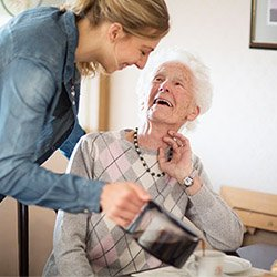 Live in caregiver in Ottawa for seniors