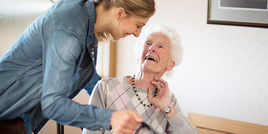 live-in care services for seniors
